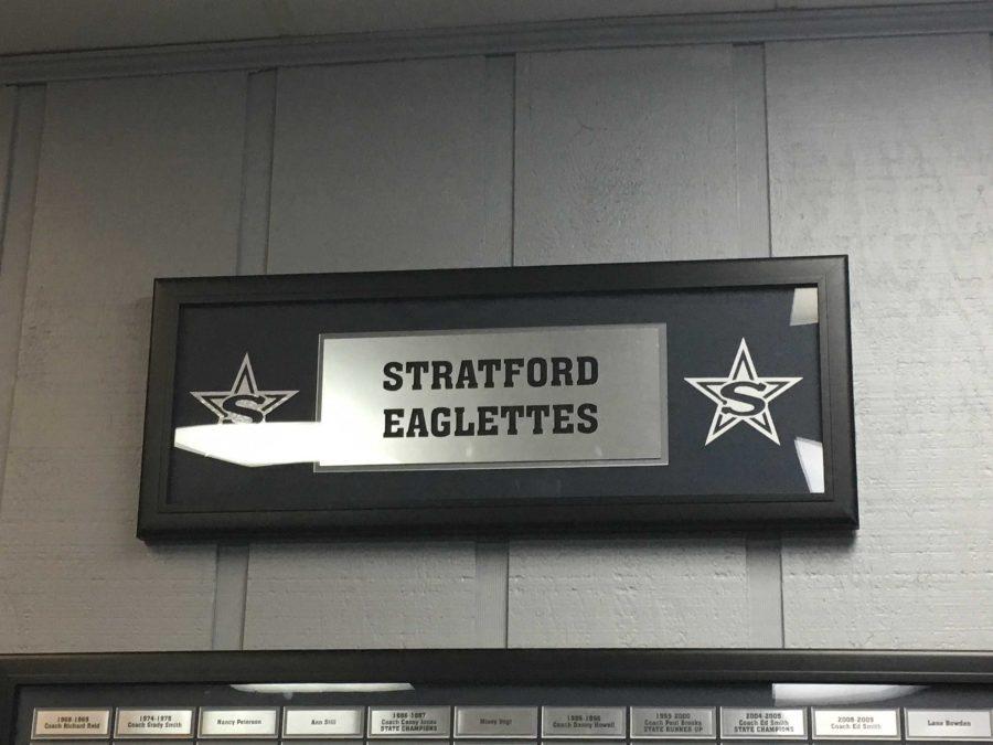 Stratford star on sign in Girls basketball locker room (photo by Molly Garud)