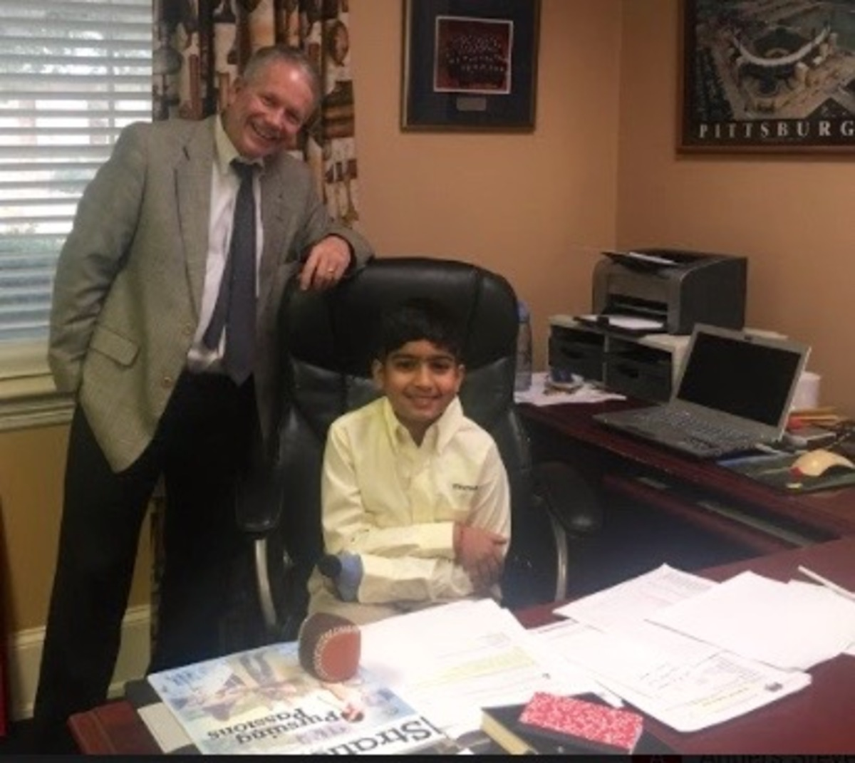 Akbar gets thumbs-up as headmaster for the day