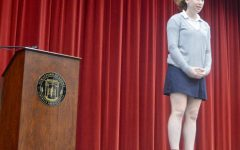 Dromsky wins her argument in speech contest