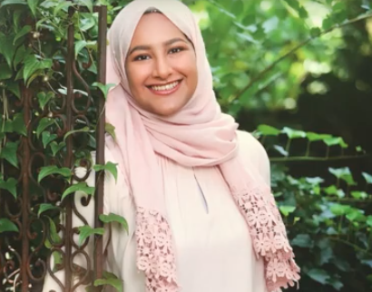 SENIOR SPOTLIGHT: Zuna Shabbir
