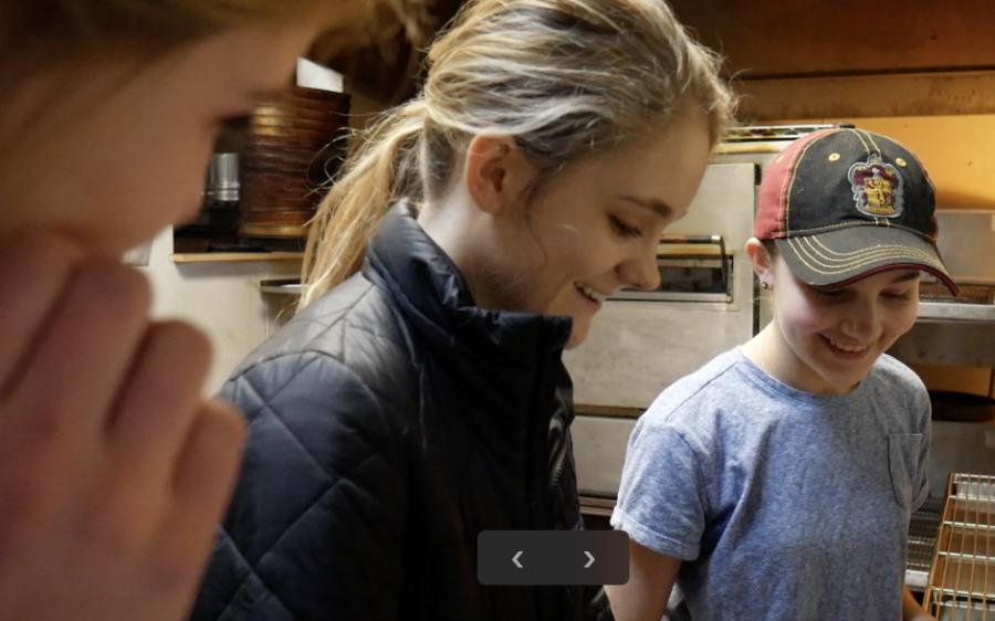 COOKIN' WITH CAROLINE & EVIE: Makin' Macon Pizza