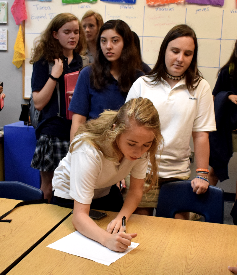 Sophomore Olivia Mann signs up for new Animal Rescue Club