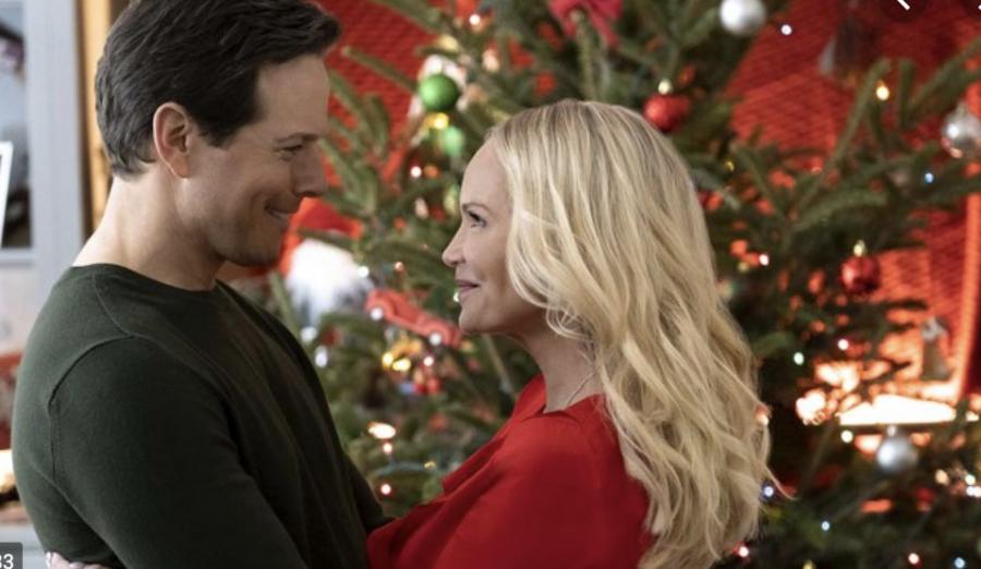 Hallmark+Christmas+movies%3F+Pass+the+cheese