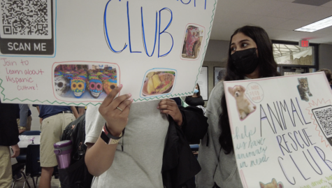 Stratford clubs used signs to attract students to the sign-up tables